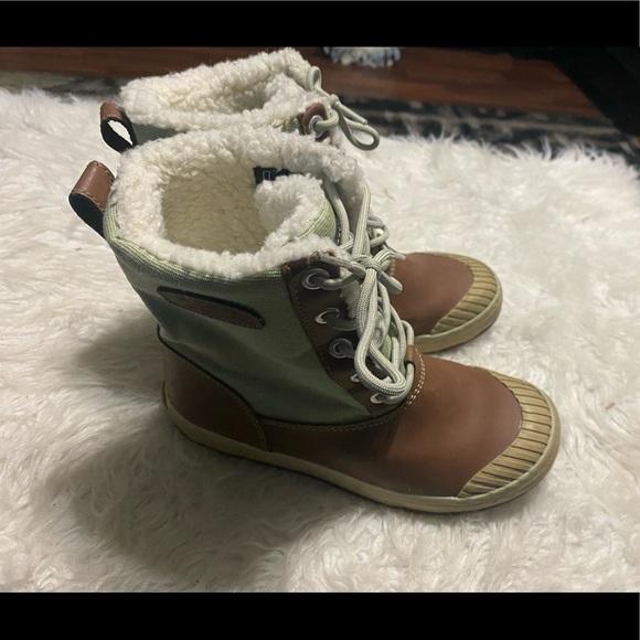 Keen Women's Brown/Green Winter Boots US 7